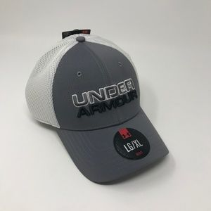 NEW Under Armour Fitted Mesh Hat Gray White LG/XL